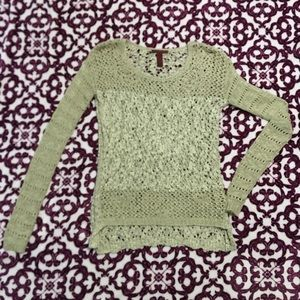 Bke size small knit sweater
